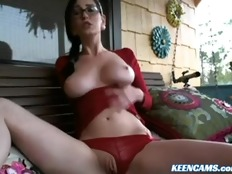 Beautiful Girl Masturbate Outdoor