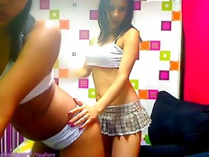 Latina teens 69 on webcam